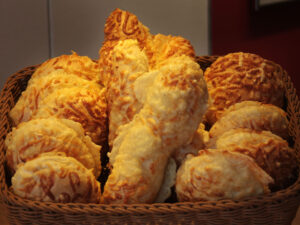 Käsebrötchen Stangen